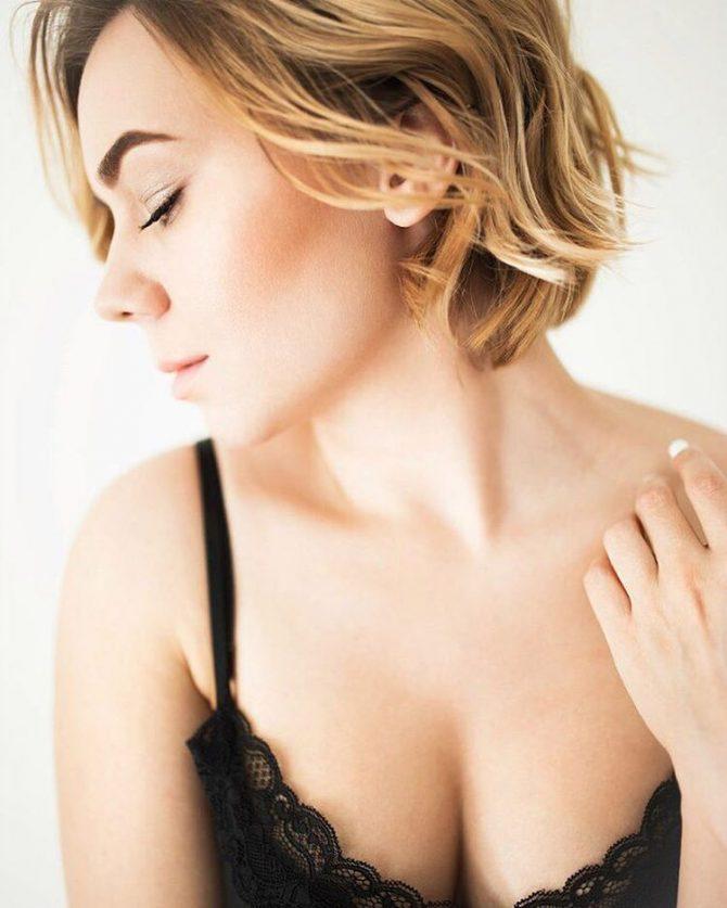 голые сиськи девушек и большая красивая грудь на фото