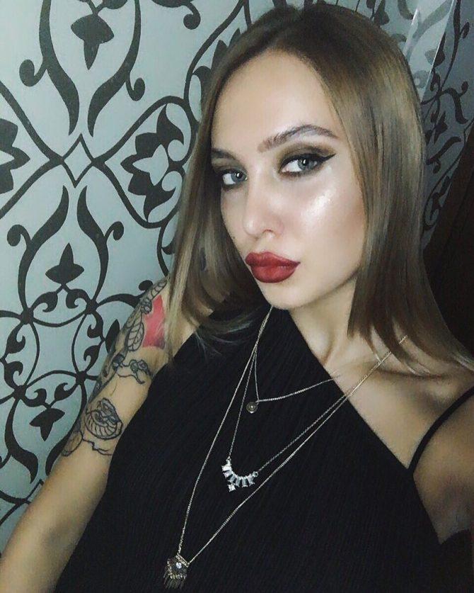 Техподдержка ВКонтакте телефон горячей линии