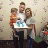 Костя Павлов с женой Томой и сыном