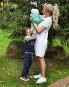 Дарья Пынзарь с детьми
