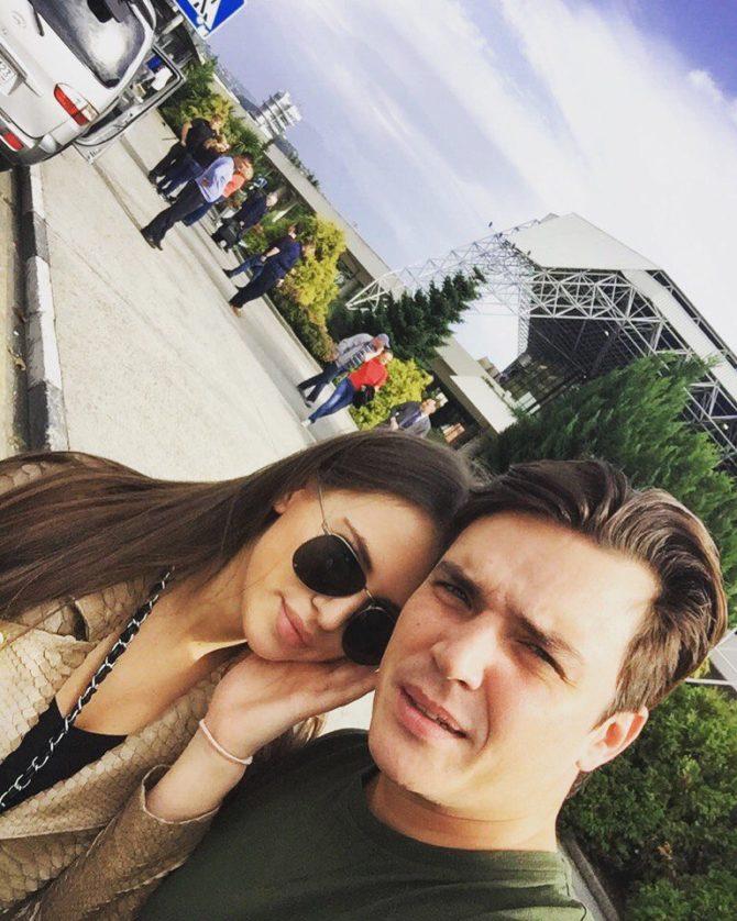 А  российские актёры и актрисы  КиноТеатрРУ