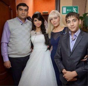 Светлана Устименко с мужем и детьми