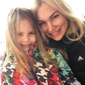 Жена и дочка Олега Верещагина