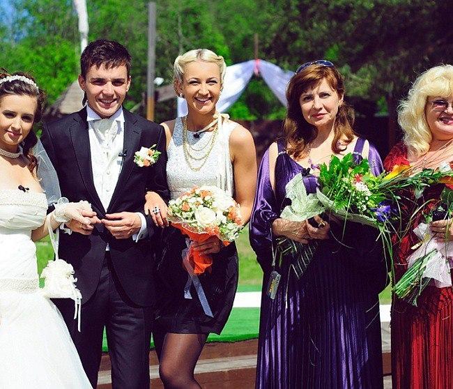 Александр жулин и наталья михайлова свадьба фото руках