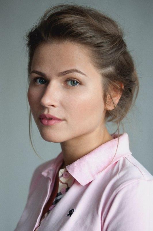 Юлия Топольницкая биография личная жизнь семья муж дети фото