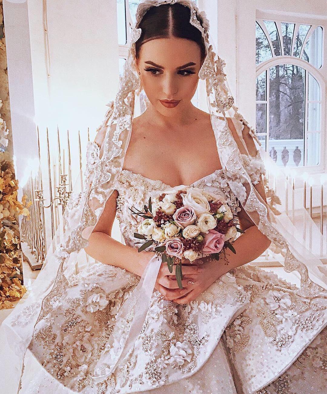саша артемова свадьба фото того