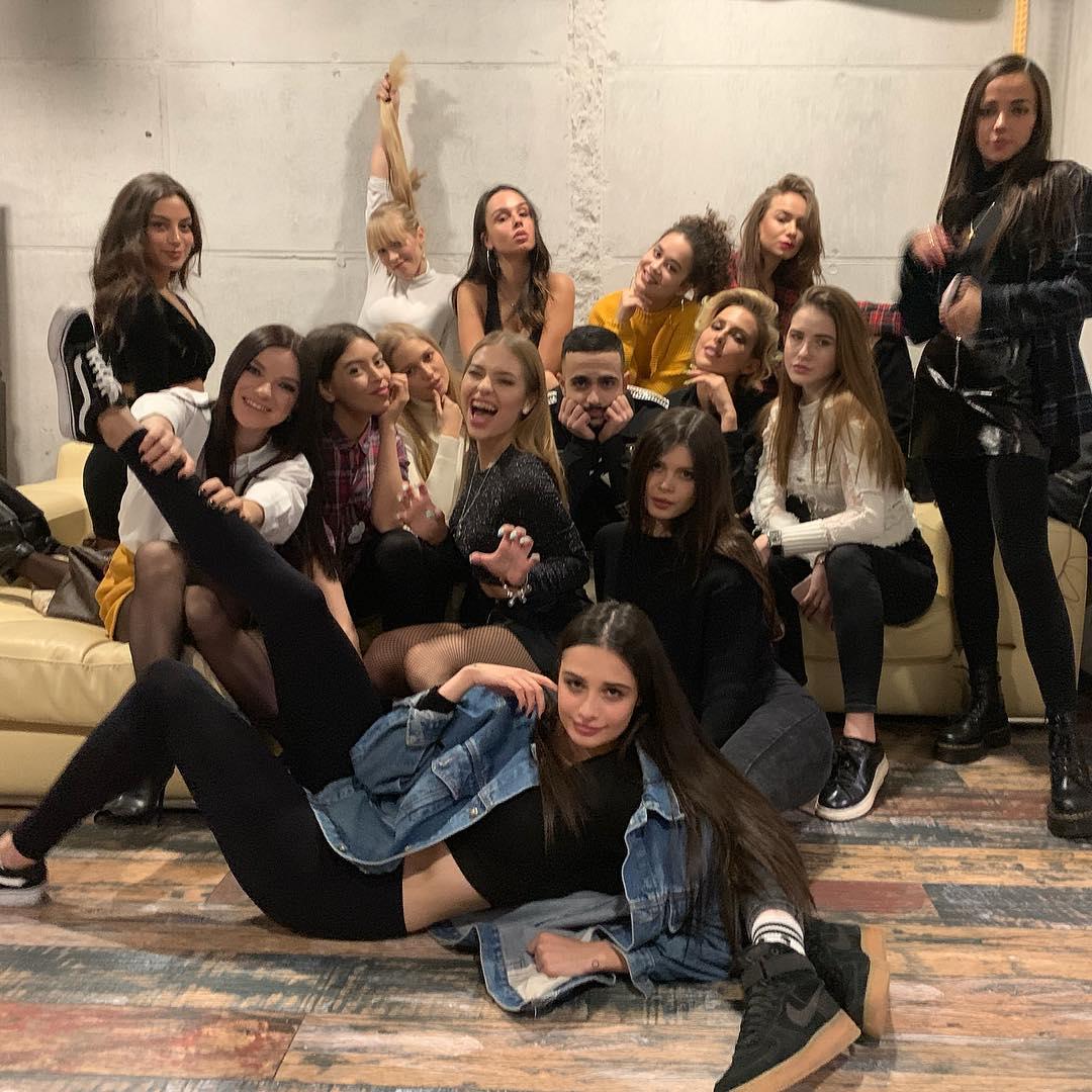 Отбор с кастинга девушек